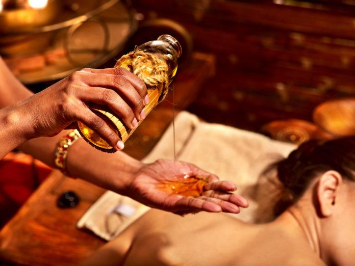 huile mahanarayan massage ayurvédique pour l'hiver